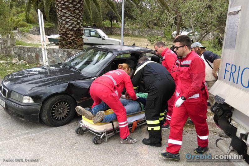 Orebićki vatrogasci u akciji zajedno s ekipom Hitne medicinske pomoći