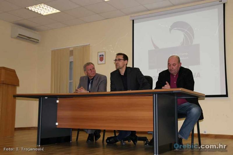 S osnivačkog skupa 'Konzervativaca' u Orebiću