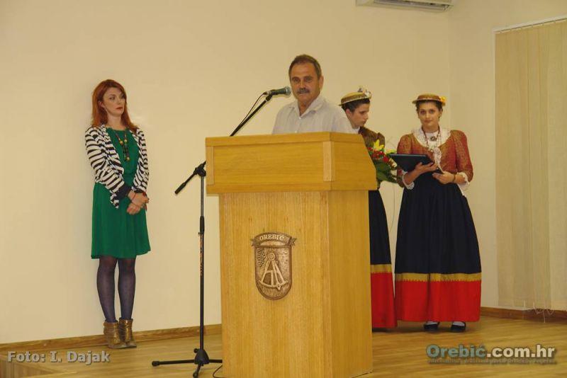 Gorki Bilušica zahvaljuje na dodijeljenom javnom priznanju Općine Orebić 2013.