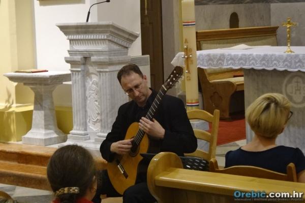 Tomislav Žerovnik na ovogodišnjem koncertu u crkvi u Orebiću