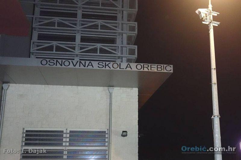 Dodatni oprez u prometu - u blizini škole u Orebiću ne brže od 43km/h!