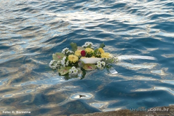 U spomen na sve stradale na moru