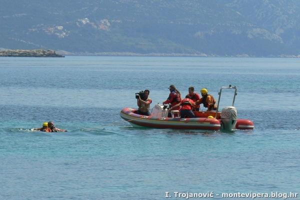 Pokazna vježba spašavanja na moru