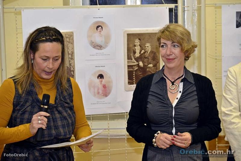 Autorice Žiža i Andrea - na otvorenju izložbe