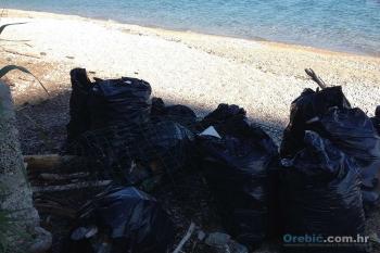 Dio skupljenog otpada tijekom akcije čišćenja Trstenice
