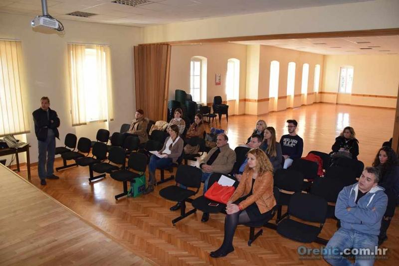 dr. Ivo Kunst na radionici u Orebiću