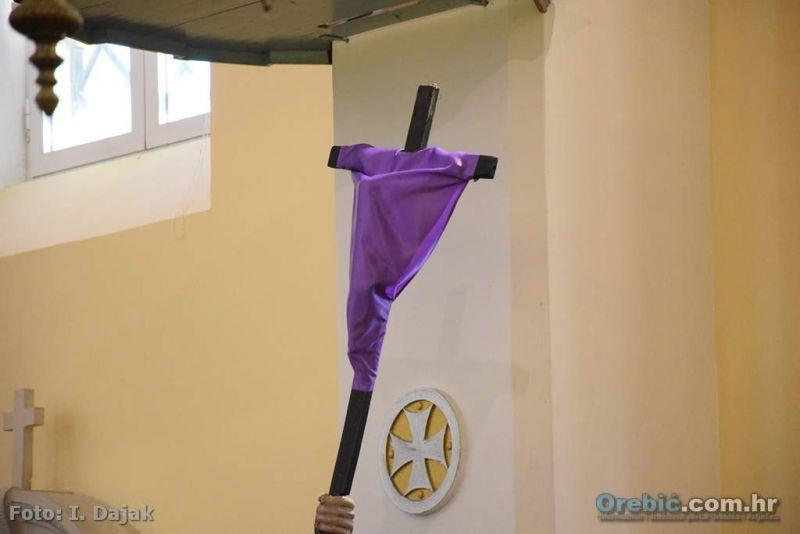 Veliki petak u orebićkoj župnoj crkvi