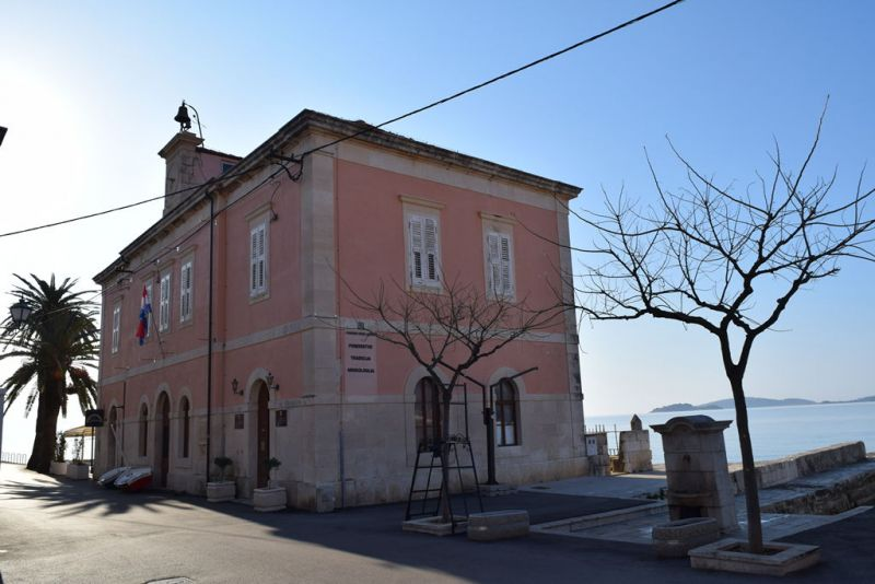 ilustracija: zgrada Pomorskog muzeja Orebić