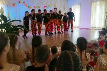 Ilustracija: Plesna skupina Ritam studio Pelješac