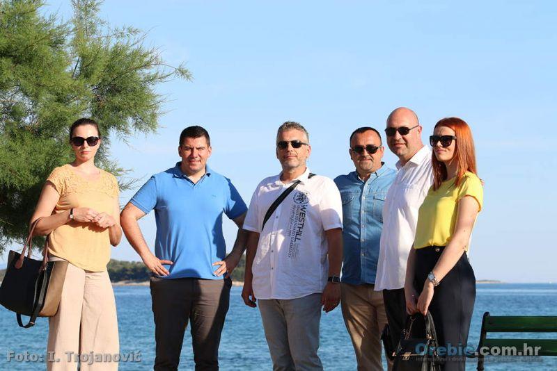 Kandidati MOST-a sa simpatizerima i biračima u Orebiću