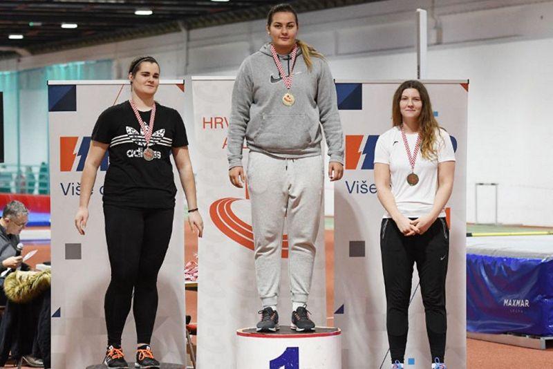 Osvajačice medalja u disciplini kugla 4 kg.