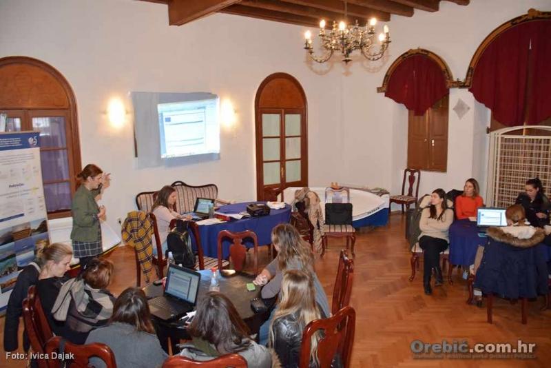 S radionice u čitaonici u Orebiću