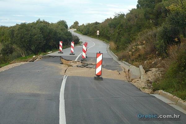 Klizište na cesti u Basini