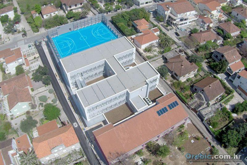 Dograđena zgrada i športska dvorana impresivno izgledaju iz zraka