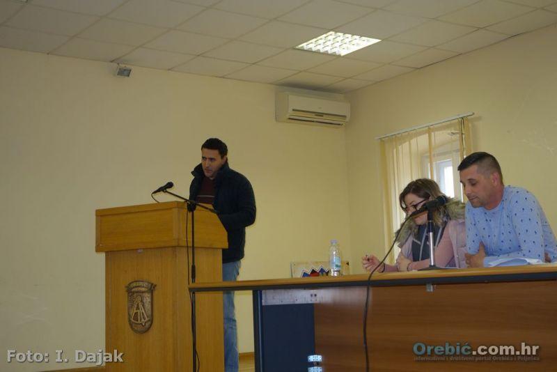 SDP-ov Goran Palihnić na sjednici Općinskog vijeća