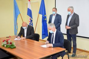 Potpisivanje ugovora