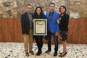 Obitelj Mikulić - vlasnici Boutique hotela Adriatic s nagradom