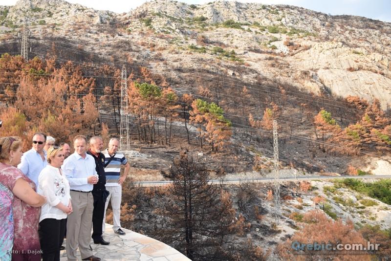 Predsjednica se na Taboru upoznaje s posljedicama požara
