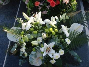 Liga protiv raka u povodu blagdana Svih svetih prodajom cvijeća pomaže obiteljima oboljelih