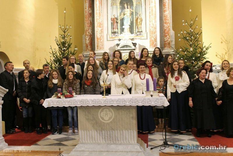 S prošlogodišnjeg božićnog koncerta u Pomoćnici kršćana