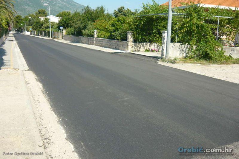 Završena izgradnja nogostupa od DV Orebić do nogometnog igrališta u Orebiću