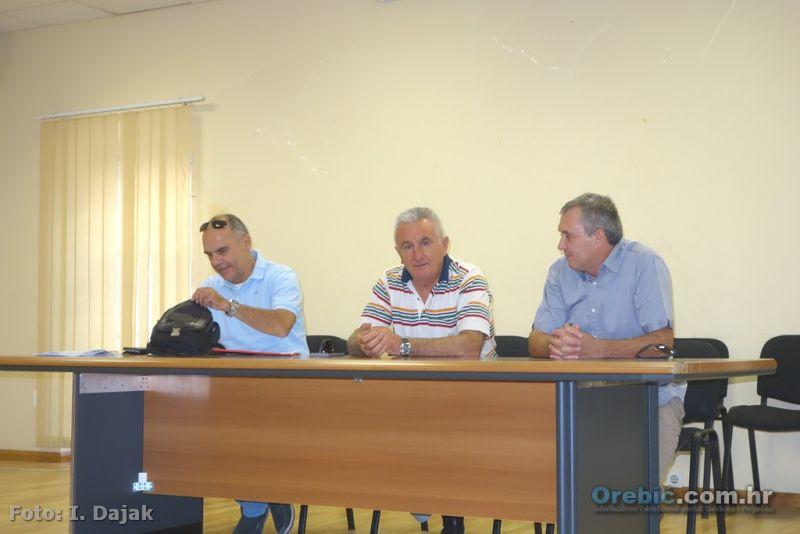 Tajnik UO Dubrovnik Cvijeto Daničić, predsjednik Zlatko Begušić i novi - stari predsjednik Područnog odbora Orebić - Trpanj Petar Mustapić