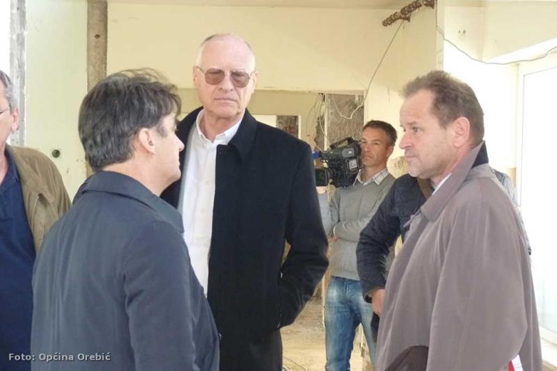 Ministar Grčić u razgovoru s načelnikom Ančićem