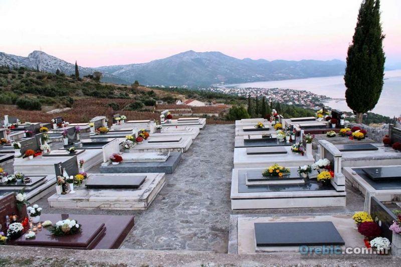 Ilustracija iz arhive: groblje u Podgorju, Orebić
