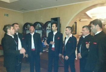 Klapa 'Geta' nastupa na humanitarnom koncertu u Čari