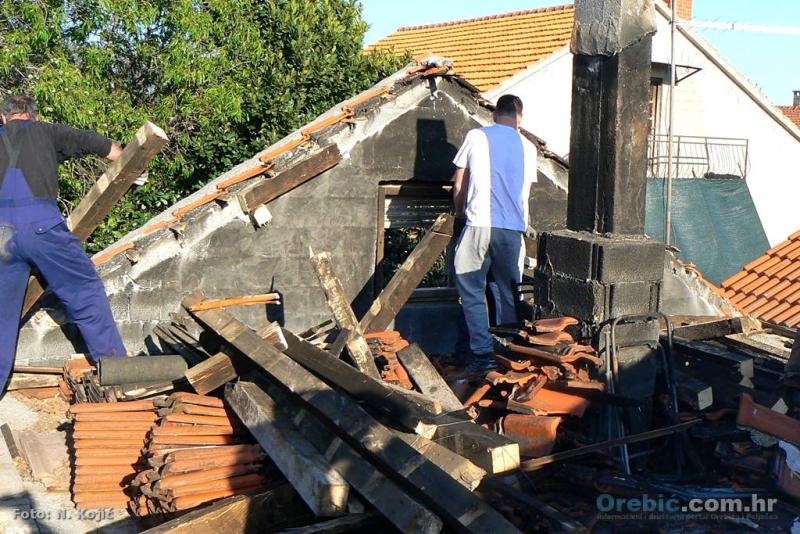 Članovi orebićkog HGSS-a odradili prvi korak u obnovi kuće Fatime Junuzović