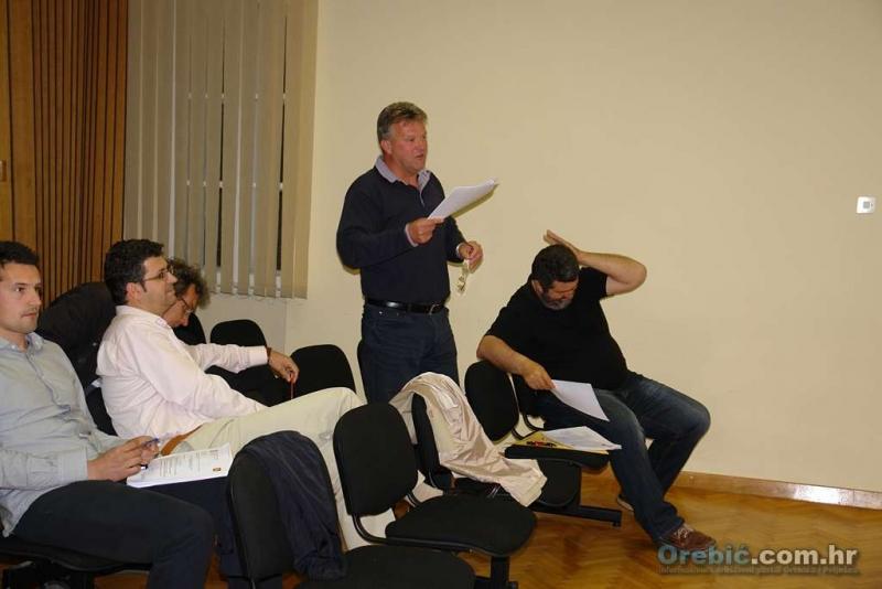 Vijećnik Tomislav Jurjević svakako je bio najaktivniji na sjednici