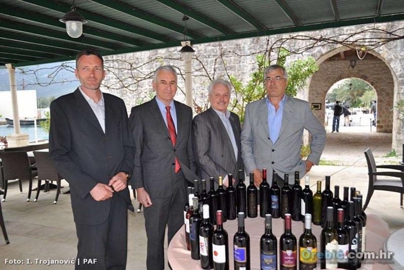 S predstavljanja projekta 'Pelješko vinsko carstvo' u Stonu