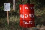 Protupožarni spremnik s višejezičnim natpisom