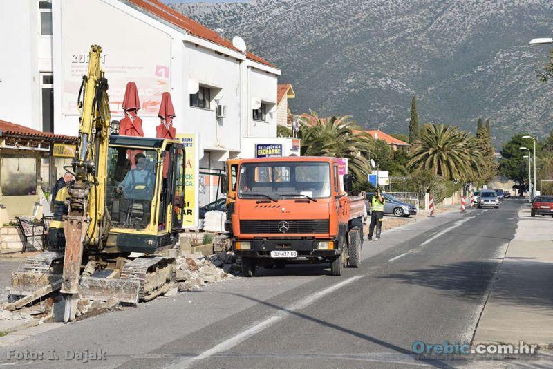 Ilustracija: radovi na cesti