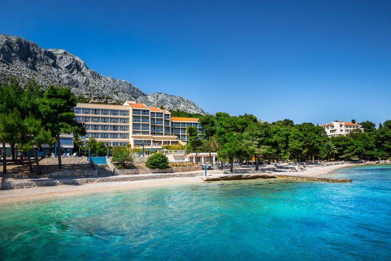Od ove sezone bivši Grand Hotel Orebić posluje pod imenom Amines Grand Azur hotel