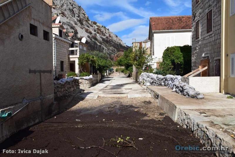 Korito potoka koji je nakon požara zadao puno problema Trsteniku