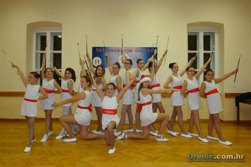 Još 2 dana do Regionalnog natjecanja u mažoret plesu - pomozimo orebićkim mažoretkinjama da prikupe sredstva za put u Split