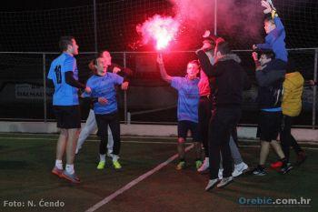 Foto: Slavlje prošlogodišnjih osvajača turnira - momčadi Dalmatino