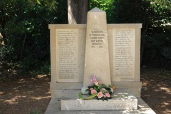 Izaslanstvo Općine Orebić položilo vijence na spomenik žrtvama antifašističke borbe