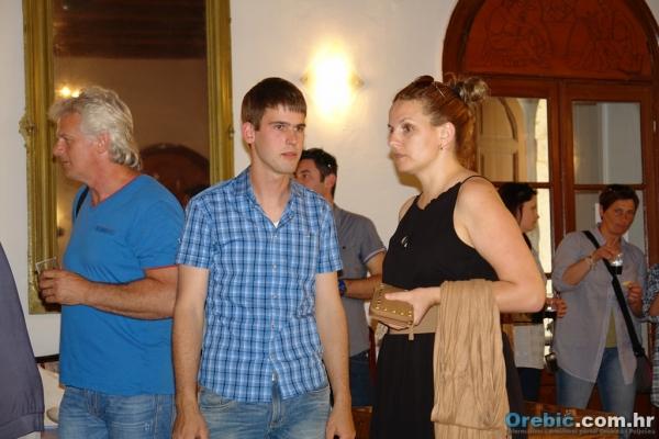 Mladen Hazdovac na izložbi u Orebiću