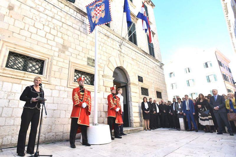 Počeo rad izmještenog ureda Predsjednice RH u Dubrovniku