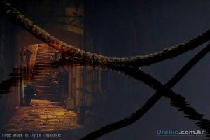 Pretopljene fotografije obojice autora