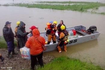 S poplavljenih područja...