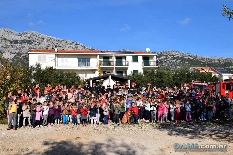 Žurne službe predstavile se najmlađima u DV Orebić